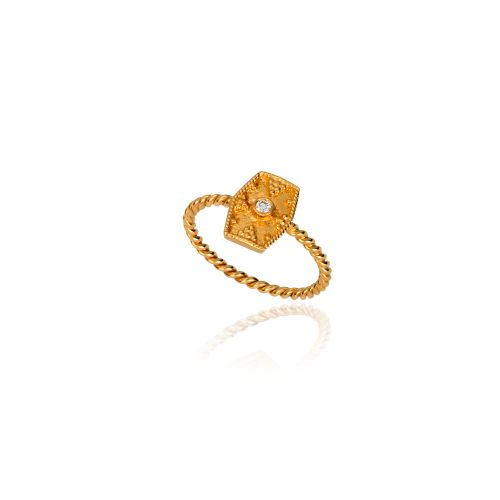 Byzance ring in 18KT yellow gold with diamond.