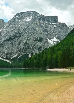 Also know as Lago di Braies, Lake Braies in Italy is one of the most stunning lakes in the Dolomites. Being a hot spot for tourists, it is best to visit in the off season. Come visit in mid October, when you will have this magnificent place (mostly) to yourself.