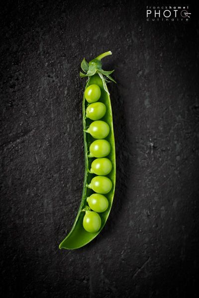 Color and freshness play a large role in this photo. It is a vibrant and fresh vegetable that appeals to the eye.
