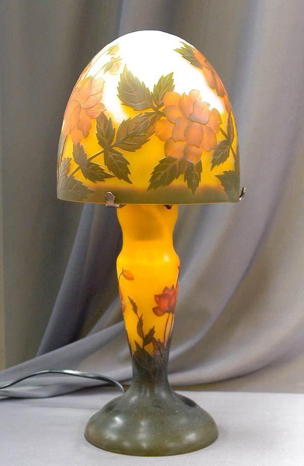 Lampa Galle z motywem kwiatowym - Galle lamp in art nouveau style