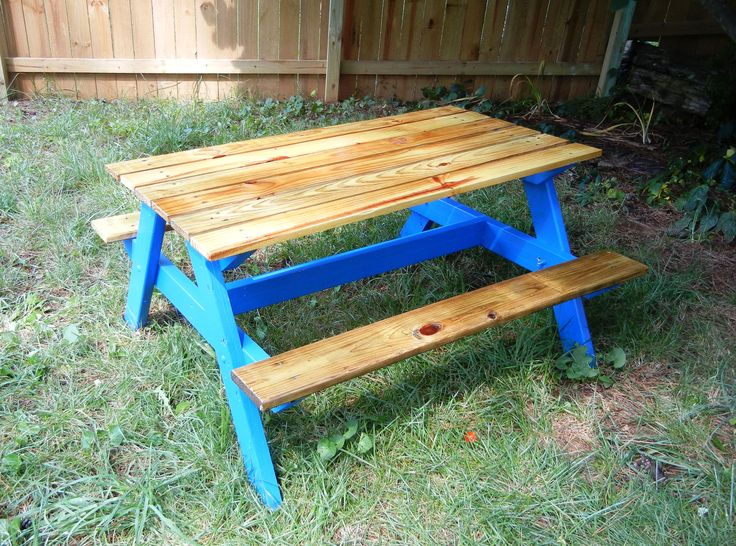 Childrenu0027s Picnic Table