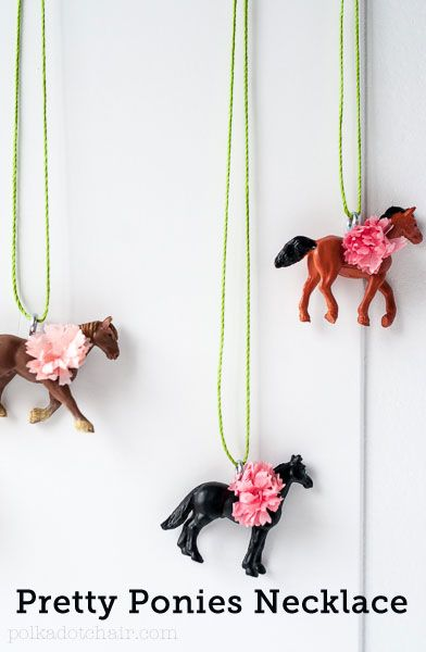 Pretty Ponies necklace. Such a fun jewelry idea would be a great little girls party favor. Tutorial