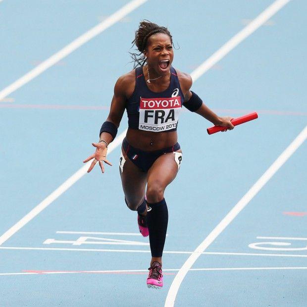 Interview de Stella Akakpo, athlète de l'équipe de France d'athlétisme : 100m / 4x100m
