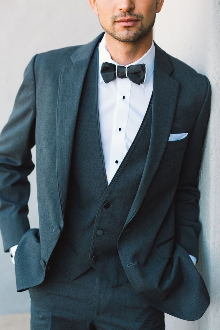 Online Tuxedo Rental for Men- classic black bowtie and suit