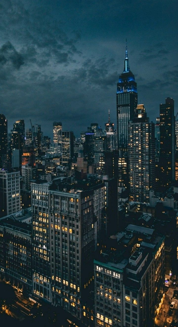 Pin By Iyan Sofyan On City Buildings City Aesthetic City Landscape New York Wallpaper