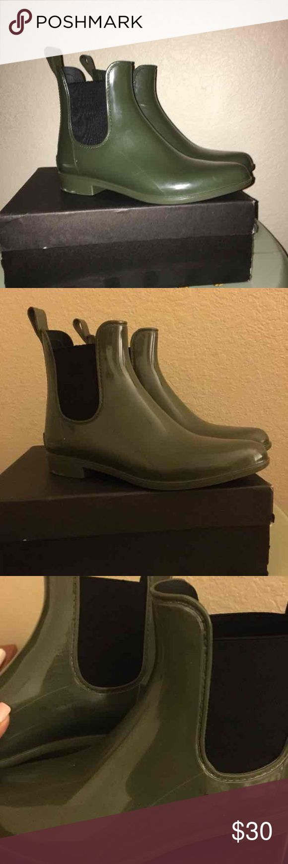 Chelsea Rain Boot J.crew chelsea rain boot olive green in color still have lots of life scuffs and scratches here & there first picture taken with flash  3rd shows black scuffs & a black code imprint from a piece a paper im guessing sold as is with box J. Crew Shoes Winter & Rain Boots
