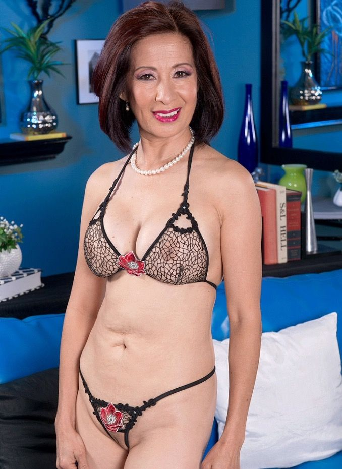 Sexy Mature Asian Women