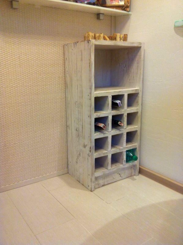 Винная полка из массива сосны в стиле shabby chic #wine #storage #cabinet #rack #reclaimed #wood #furniture #handmade #madeinukraine #joymanufactory