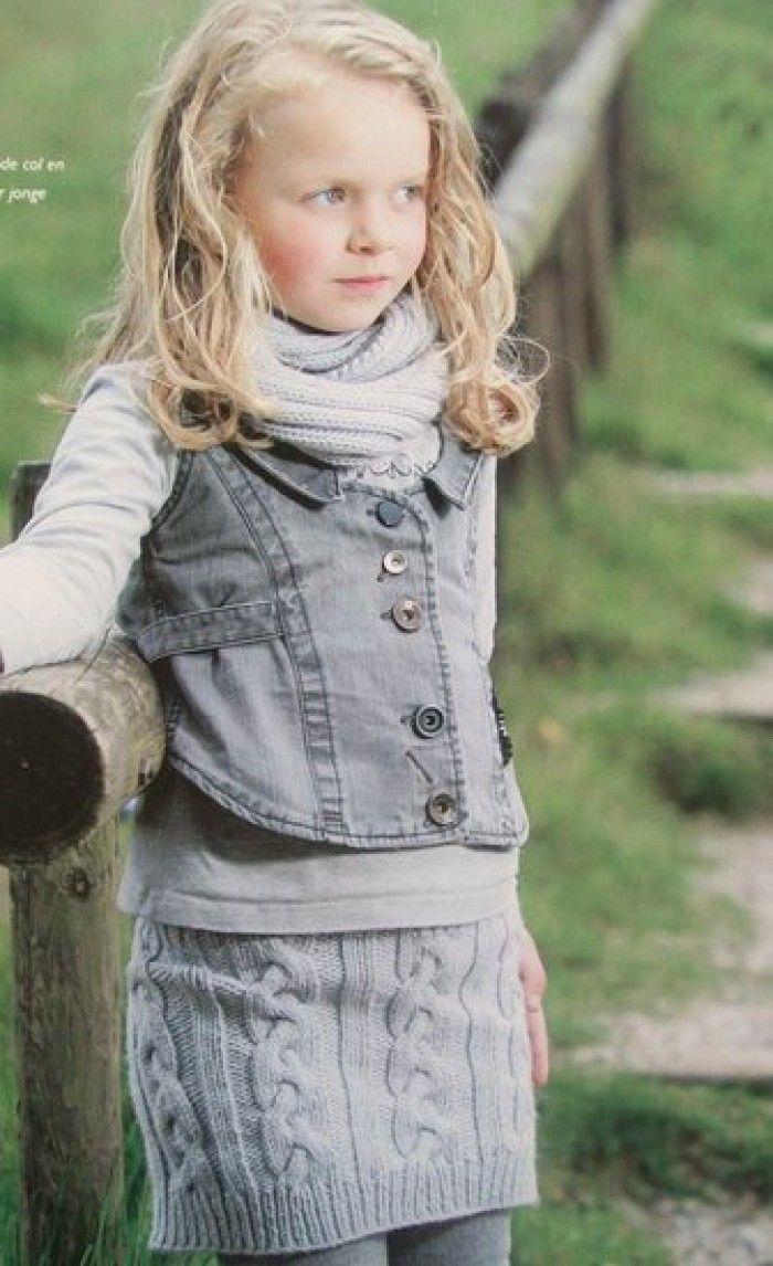 Een rok en col breipatroon voor meiden. Patroon maten  92 - 104 - 116