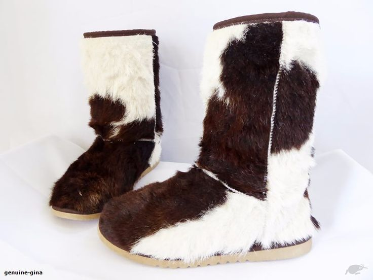TOAST black & white cowhide fur boots with wool fur lining size 38