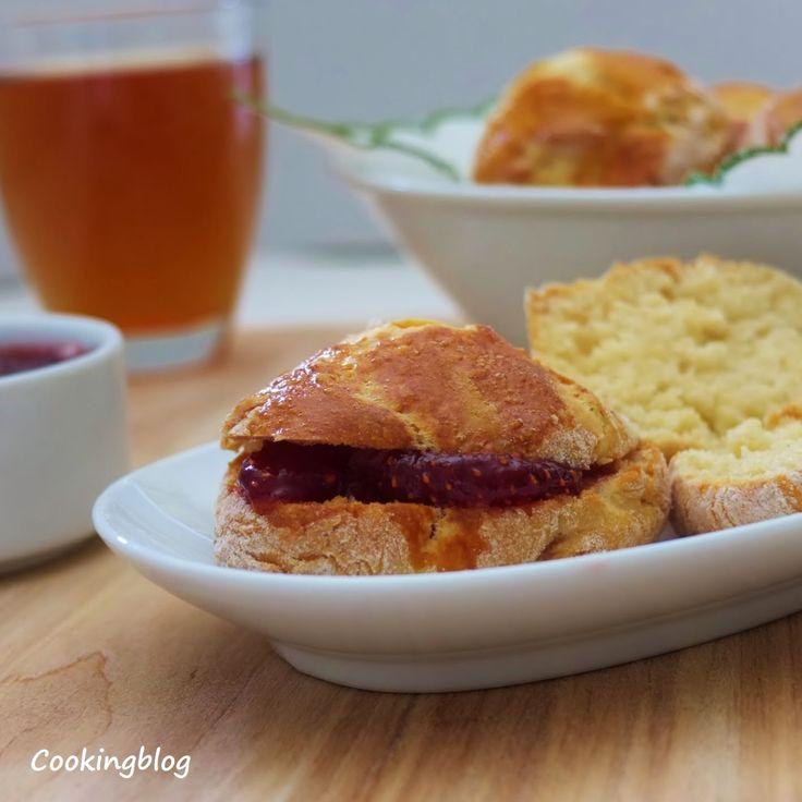 Cooking: Scones e um doce de morango em 4 tempos| Scones and strawberry jam
