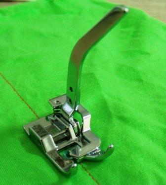 PÉ CALCADOR PARA MALHA - FADIMEX | Máquinas de Costura, Acessórios para costura, Calcadores, Mesa de costura, Bobinas, Cortadores e Tesouras.