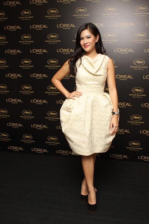 Dian Sastrowardoyo, is an Indonesian model and actress.