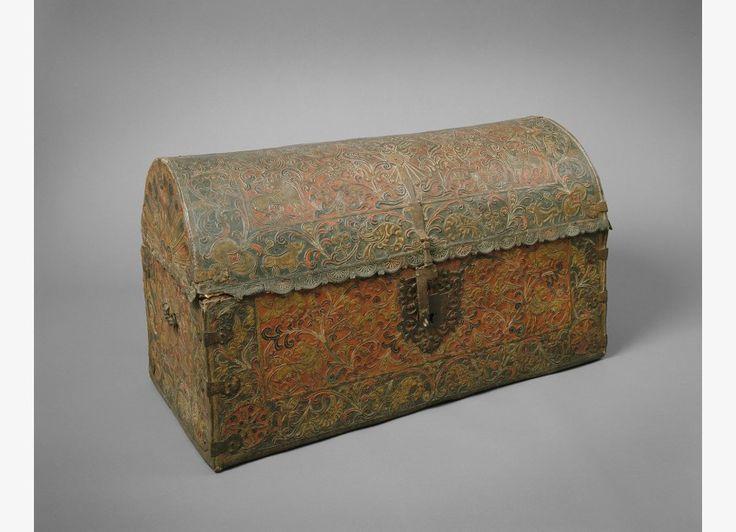 Arte colonial ba l siglo xviii madera de cedro cuero - Muebles siglo xviii ...