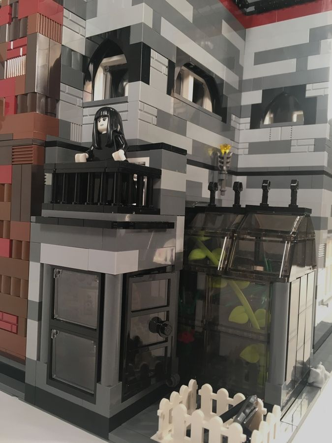 Addams Family Mansion Modular Lego Mansion Mansions Addams Family