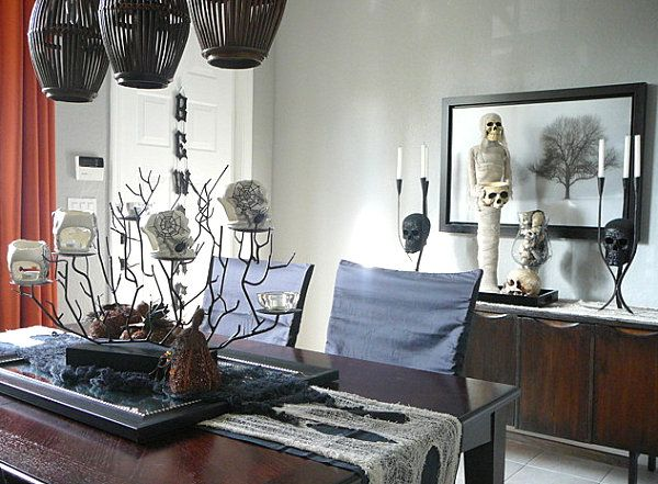 40 spooky halloween decorating ideas for your stylish home - Halloween Home Decorating Ideas
