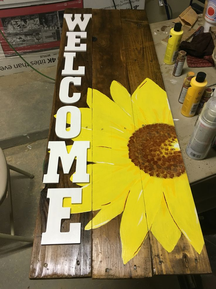 Welcome Sign with Yellow Sunflower Laurens  Things I
