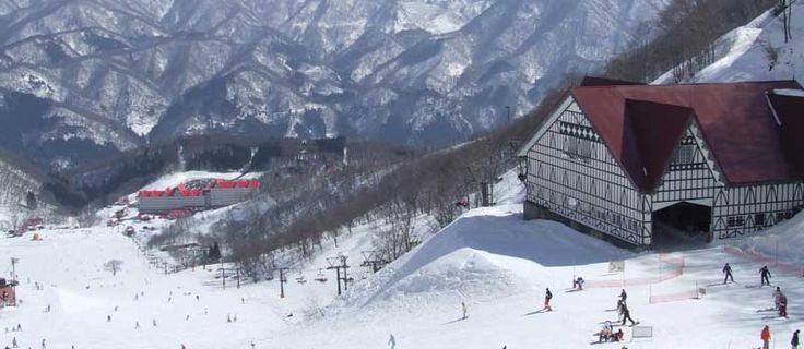 Awesome news for 2016/17 ski season with the new Hakuba Valley Pass - an integrated electronic gate system that covers all resorts in the Hakuba Valley.