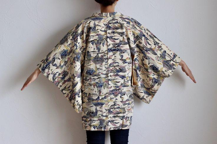 Etsy のsilk kimono, haori, kimono jacket, oriental clothing, cream /1226(ショップ名:LitreJapan)