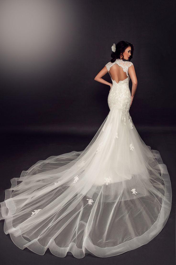 2016 AdoraSposa wedding dress