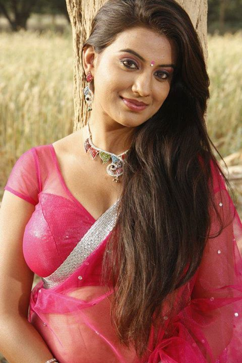 Hot And Sexy Bollywood Bhojpuri Movies Tempting Indian Famous Tv Model Actress Unseen Akshra Singh Cute Beautiful Photos And Wallpapers W