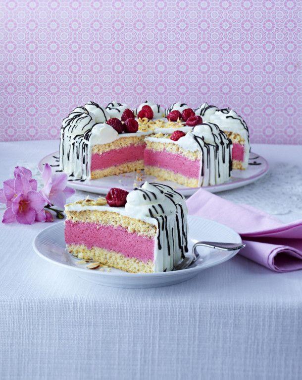 Unser beliebtes Rezept für Himbeer-Sahne-Torte und mehr als 55.000 weitere kostenlose Rezepte auf LECKER.de.