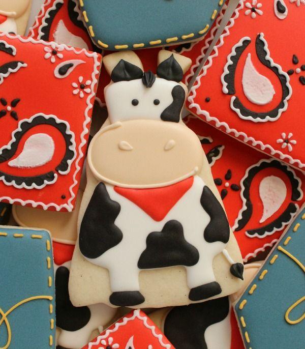 Cow Cookie @SweetSugarBelle {Callye Alvarado}