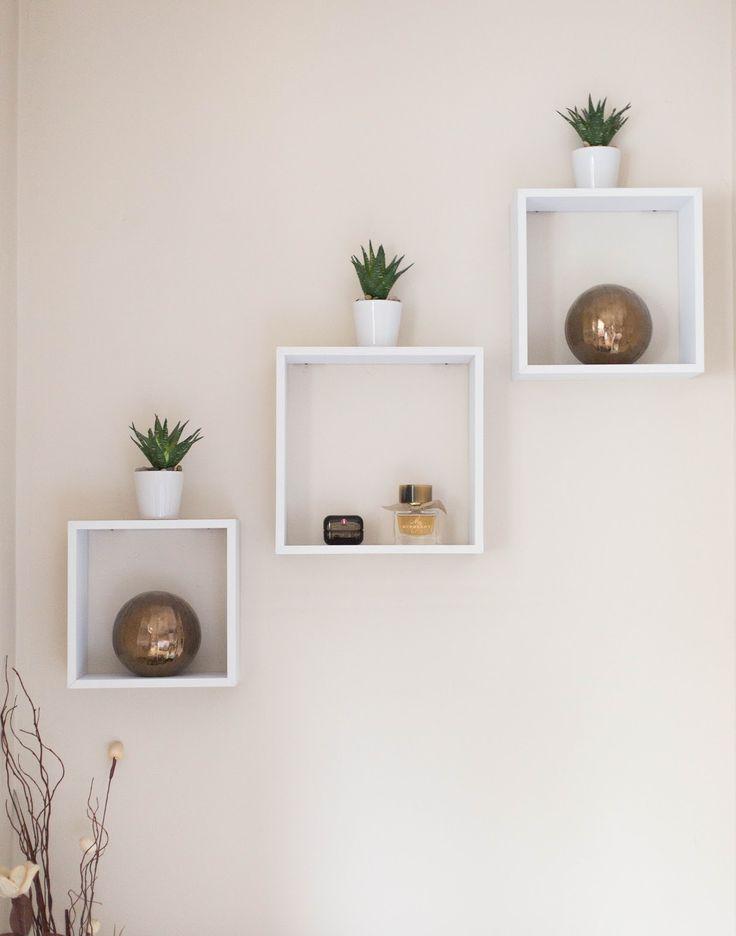best 25 floating cube shelves ideas on pinterest diy. Black Bedroom Furniture Sets. Home Design Ideas