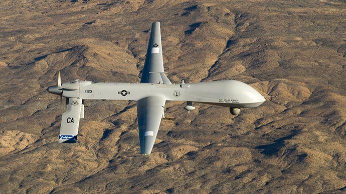 Drone dos EUA mata 20 em área tribal do Paquistão