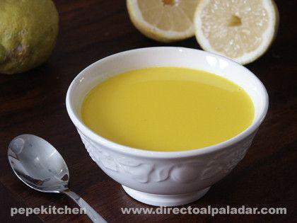 Avgolemono, sopa griega de limón.