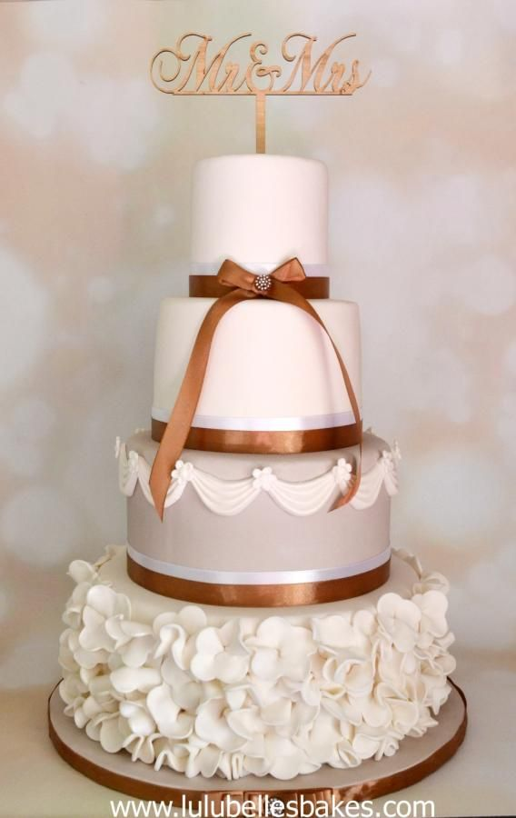 Ruffles and swags by Lulubelle's Bakes - http://cakesdecor.com/cakes/253392-ruffles-and-swags
