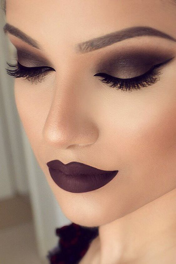 Smokey Eye Makeup | Dramatic Makeup | Dark Lip | Dark Eye