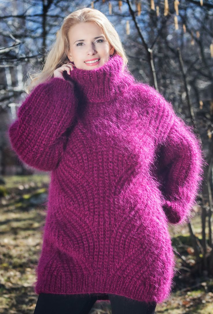 Fuchsia Purple Hand Knitted Mohair Sweater door TanglesCreations