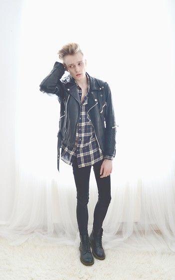 黒レザージャケットのおしゃれな着こなし【メンズファッション】の画像