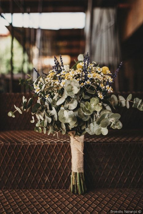 Ramos de novia para bodas de otoño Ramos de novia en colores claros #wedding #bodas #boda #bodasnet #decoración #decorationideas #decoration #weddings #inspiracion #inspiration #photooftheday #love #beautiful #bride #groom #awesome #flowers #colour
