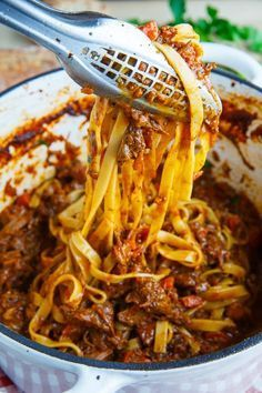 Normally when I make a bolognese sauce I start with ground beef but since I like a good slow braise I thought that it would be nice to go with short ribs, which have a lot of flavour, and slowly simme