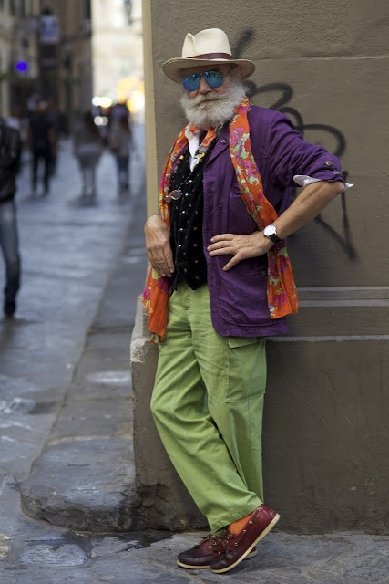 Style!!! Image by ADVANCED STYLE, Firenze. Don't you just know he has stories to tell?