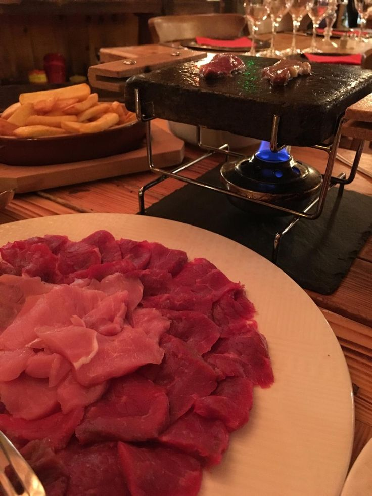 La Ferme des 3 Ours, Vallorcine : consultez 212 avis sur La Ferme des 3 Ours, noté 4,5 sur 5 sur TripAdvisor et classé #2 sur 8 restaurants à Vallorcine.