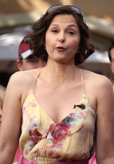 Ashley Judd Boycotted Wynonna Judds Third Wedding