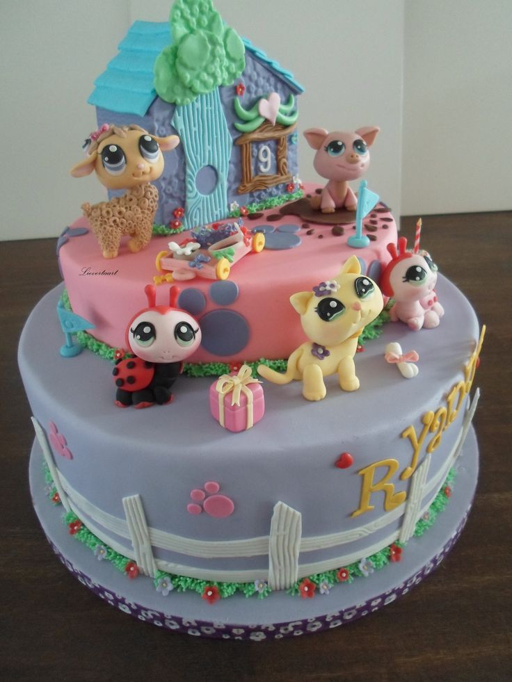 Littlest pet shop cake - All made of fondant, everything is edible, including the pets and the little house