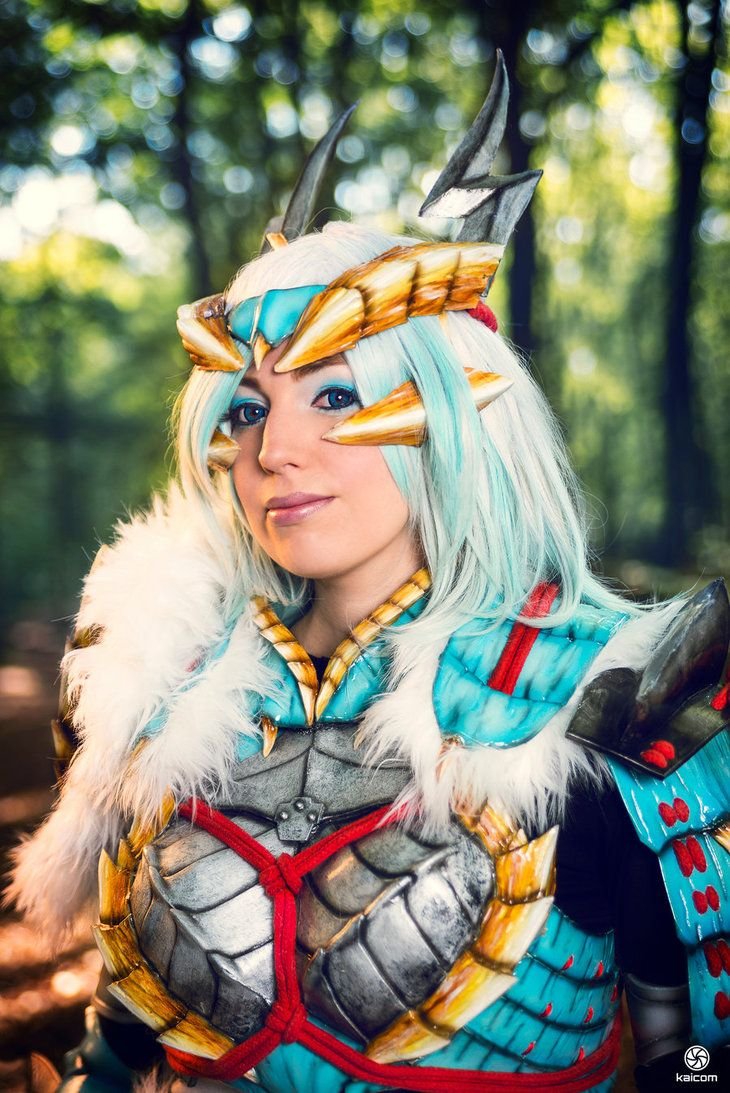 Cosplayer Shoko_Cosplay in her gorgeous Monster Hunter cosplay Website | Submit