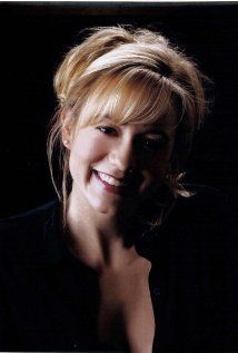 Megyn Price was born on March 24th, 1971 in SEATTLE, Washington State, USA - IMDb http://www.imdb.com/name/nm0697044/?ref_=nv_sr_1
