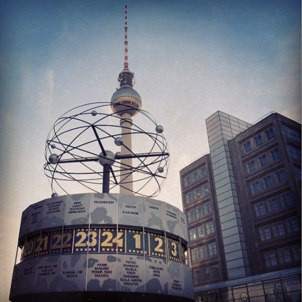 Berlin Alexanderplatz En Alexanderplatz Berlin Night Life World Cities