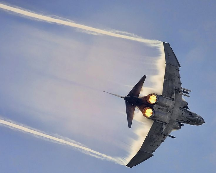 F-4 Phantom II - one of the most beautiful aeroplanes ever!