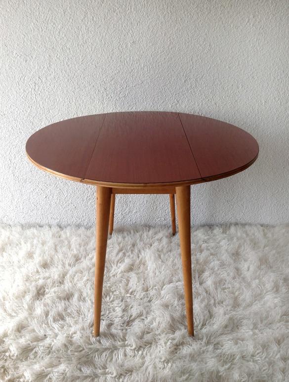 Fórmica and wooden folding table  vadevintage.com