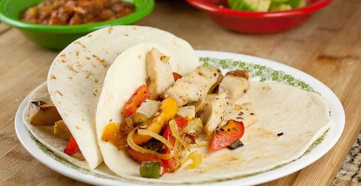 Leftover Turkey Fajitas - This easy recipe is a quick and delicious Tex-Mex fajita dish that makes it easy to use up some leftover Thanksgiving turkey!