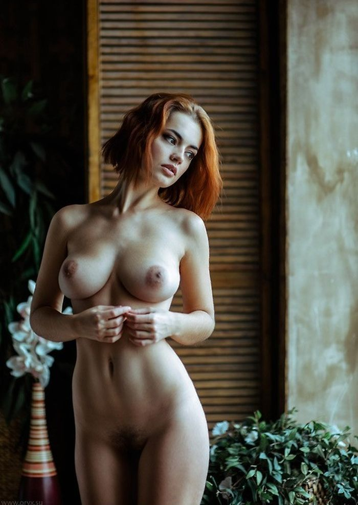 rousse-nude