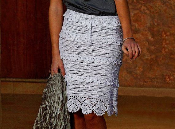 Knee length crochet skirt PATTERN sexy crochet por FavoritePATTERNs
