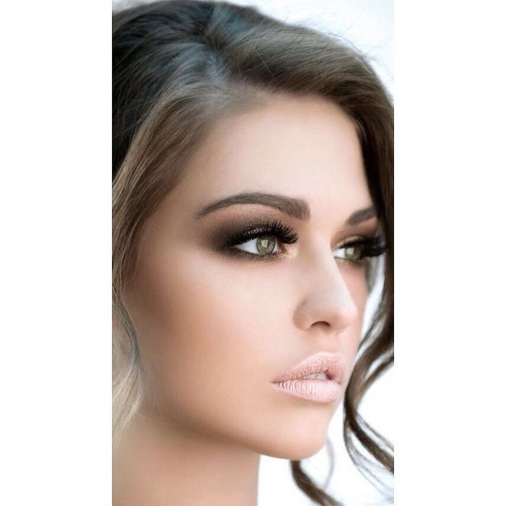 Το πιο ωραίο smokey eye για το γάμο σας μόνο με τις υπηρεσίες του @homebeaute στο σπίτι σας! Για κρατήσεις στο τηλέφωνο  21 5505 0707! . . . #γυναικα #myhomebeaute  #ομορφιά #καλλυντικά #καλλυντικα #μακιγιαζ #κραγιόν #κραγιον #makeup #χειλη #ομορφια #μακιγιάζ #smokeyeyes #πράσιναμάτια