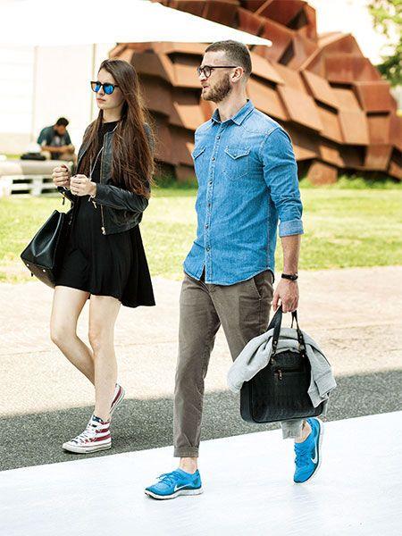 一枚でさらりと着てもキマるデニムシャツは重宝なアイテムです。   メンズファッションの決定版   MEN'S CLUB(メンズクラブ)